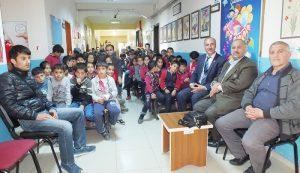 Kağızman İzzet Aras Ortaokulu'nda Şiir Programı